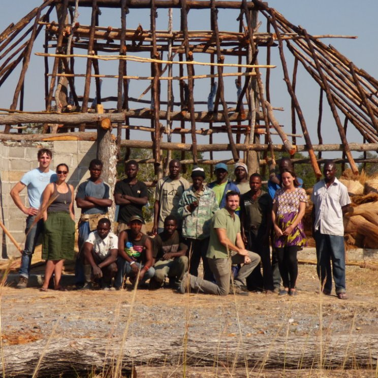 Build team at Pinnon safari lodge